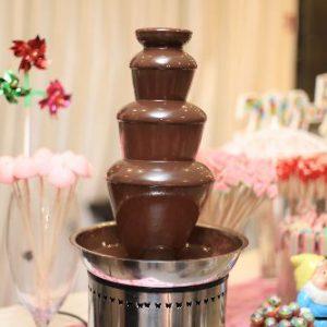 מזרקת שוקולד חום